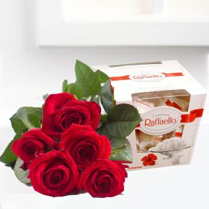 Bouquet of five red roses and Raffaello candies
